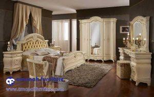 Set Furniture Kamar Ukir Mewah Classico Royal