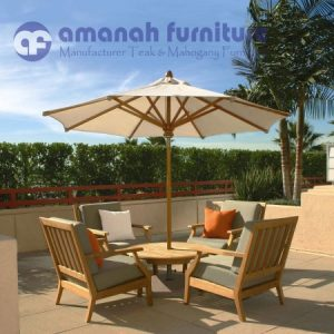 Meja Payung Untuk Santai dan Kolam Renang
