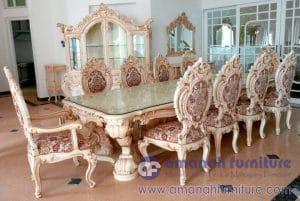 Set Meja Makan Mewah Istana Presiden