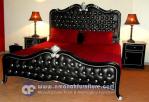 Ranjang Tempat Tidur Klasik Romantic Rhapsody
