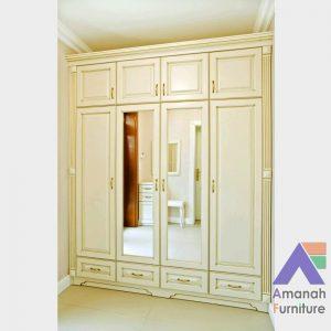 Lemari Pakaian 4 Pintu Plus Kaca Cermin Mewah